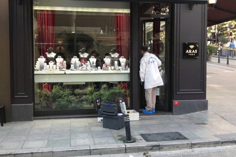 İstanbul Şişli'de mücevherat mağazasında soygun