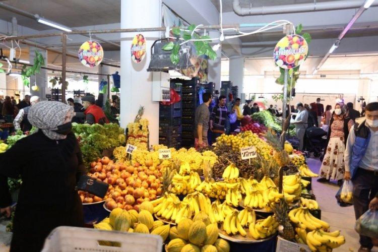 Bursa'da Gürsu Yenidoğan kapalı pazarında ilk pazar