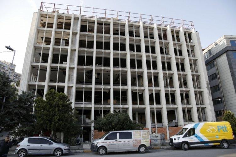 Reza Zarrab'ın eski holding binasına duvarlı önlemi