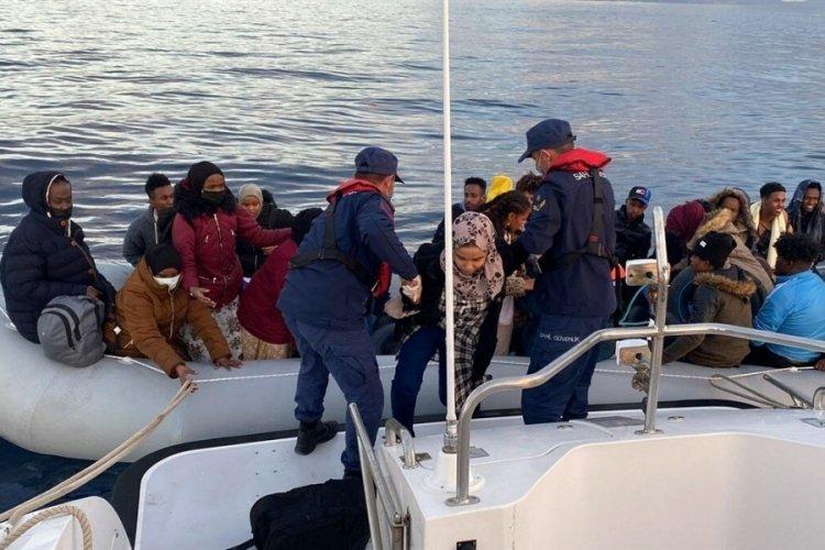 İzmir'de 67 kaçak göçmen kurtarıldı