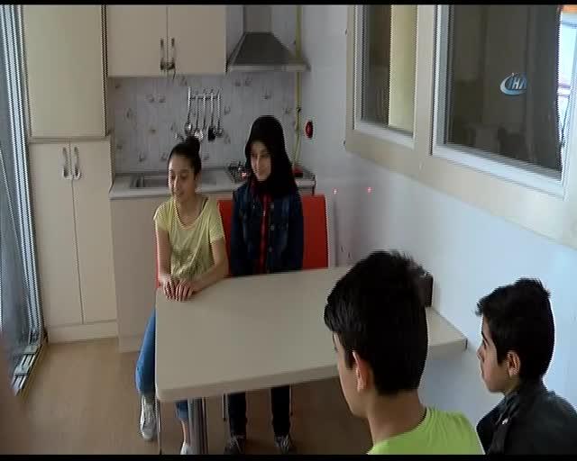 Bursa'da öğrenciler 7 şiddetinde depremi yaşadılar
