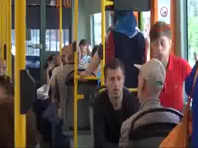 Bursa metrosunda 'kadınlara özel vagon' uygulamasına tepki!