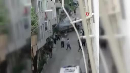Bursa'da genç kız kamyonet ile duvarın arasında sıkışarak feci şekilde can verdi