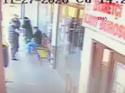 Bursa'da cezaevi önündeki cinayet kamerada