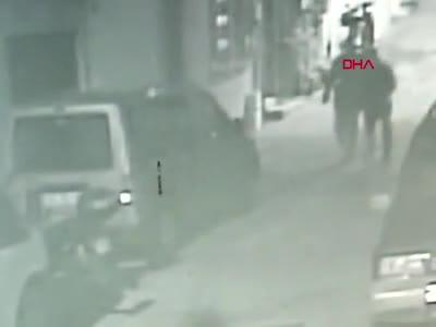Bursa'da motosiklet hırsızlığı kamerada
