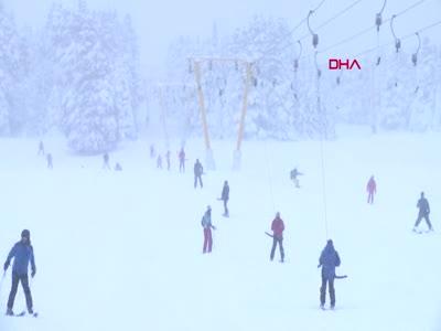 Bursa Uludağ'da pistler doldu taştı, kar kalınlığı 1 metreye ulaştı