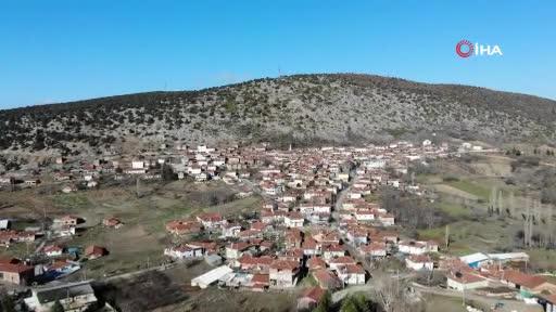 Bursa'daki bu köyde her evin altında yüzlerce yıllık atölye var