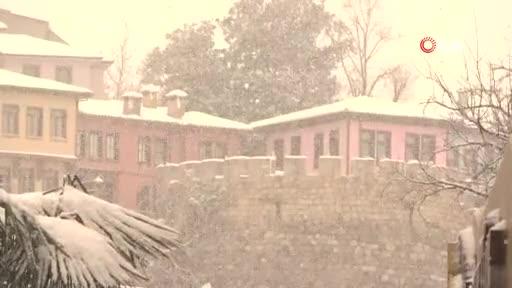 Bursa yoğun kar altında!