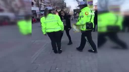 Bursa'da maskeyi de polisi de takmayan kadına ceza