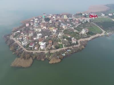 Bursa'da Yaren Leylek'i görmek isteyenler, köye akın etti