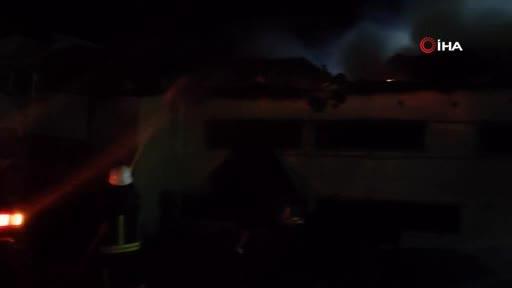 Bursa'da tavuk çiftliğinde yangın