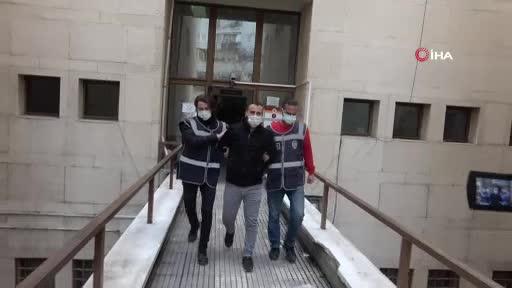 Bursa'da başkasına benzettiği genç kıza muşta ile saldıran zanlı tutuklandı