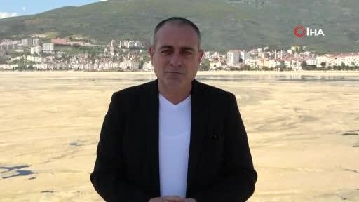 """Bursa Gemlik Körfezindeki salya istilasına Başkan Sertaslan'dan açıklama: """"Dibe çökene kadar bekleyeceğiz"""""""