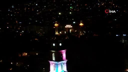 Bursa'da Tophane Saat Kulesi, Filistin için renklendi