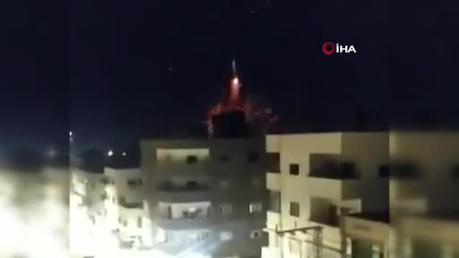 İsrail'den Gazze'ye saldırı: 9'u çocuk 21 Filistinli can verdi