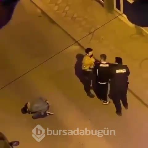 Taraftarlar ile güvenlik güçleri arasında arbede çıktı: Bekçiler havaya ateş açtı - 2