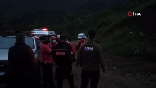 Bursa'da paraşütle atlayan şahıs kayboldu - 2