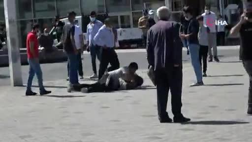 Taksim'de kavga kamerada
