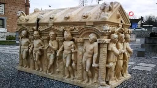 Bursa'daki bu mezarlar sanat eserlerini aratmıyor