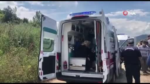 Bursa'da yolcu midibüsü devrildi! 4 yaralı var