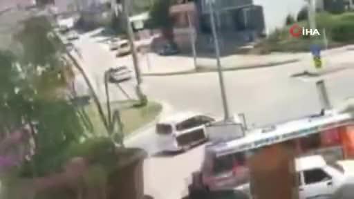 Bursa'da çalıntı araçla drift kamerada!