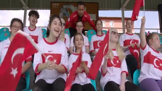 """Ziya Selçuk: """"EURO 2020 Final coşkusuna özel çocuklarımızın gözü, gönlü ve diliyle ortak olmak istedik"""""""