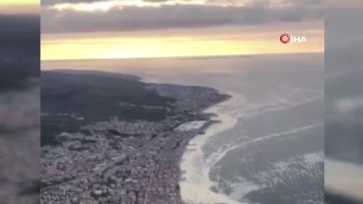 Bursa'da çevre gönüllüsü Gönen: Deniz salyasına çare 'Çatı Operasyonu'