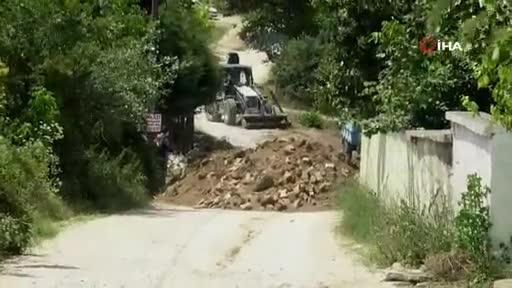 Bursa'da bana ait dedi köy yolunu kapadı