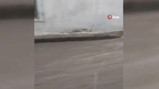 Bursa'da ara sokaklar dereye döndü!
