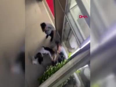 Özel güvenlik görevlileri, stajyer doktoru darp etti