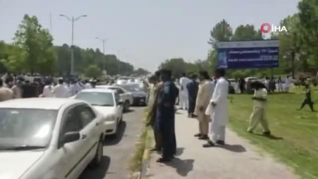 Pakistan'da AstraZeneca ve Pfizer/BioNTech aşılarının bulunmaması protesto edildi