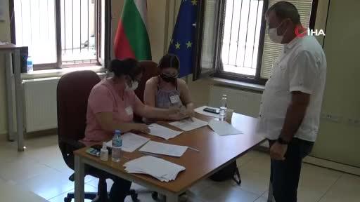 Bursalı göçmenler, oylarını kullandı