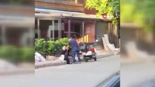 Sancaktepe'de sokak ortasında annesini darp etti!