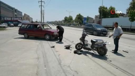 Bursa'da otomobil ile elektrikli bisiklet çarpıştı: 3 yaralı