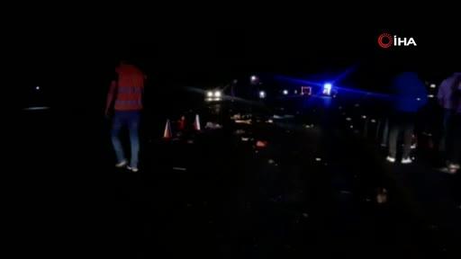 Afyonkarahisar'da zincirleme kaza: 4 ölü 2 yaralı
