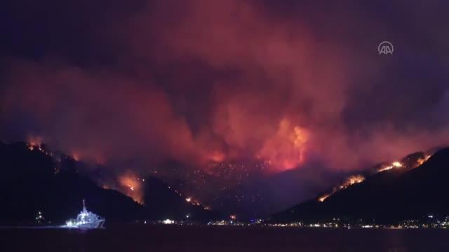 Marmaris'teki yangında bir kişi hayatını kaybetti, bölgeden dehşet verici kareler