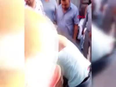 Bursa'da kızların uygunsuz fotoğraflarını çektiği iddiasıyla linç girişiminde bulunuldu