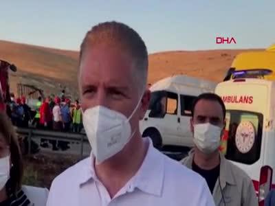 Gaziantep'te korkunç kaza: 3 ölü, 16 yaralı