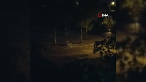 Bursa Kestel ve Yıldırım'da sel vatandaşları uykuda yakaladı