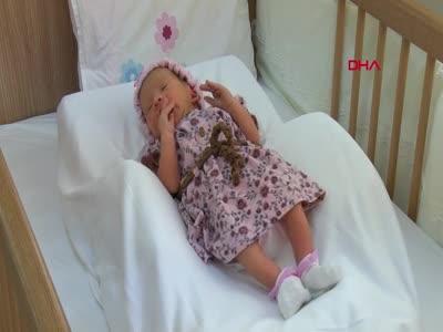 Bursa'da çalılar arasında poşette bulunan bebek devlet korumasında