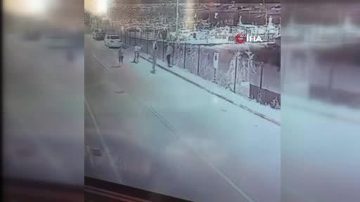 Bursa Mudanya'da bariyerli ve muz ağaçlı kavga kamerada