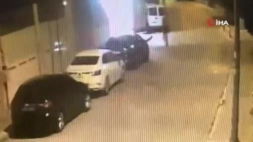 İstanbul'dan çaldıkları araçları Bursa'da parçalayıp satan şebeke çökertildi!