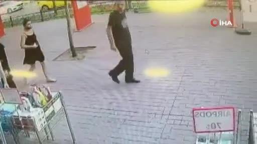 Bursa'da 2 kulaklığı çalarak yoluna devam etti!