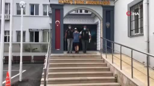 Bursa'da eşini bıçakla rehin alan koca adliyeye sevk edildi