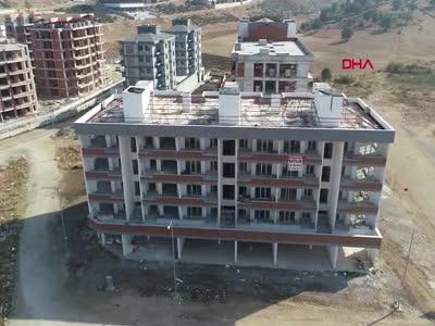 Bursa'da müteahhit, sözleşmeyle aldıkları daireleri satışa çıkardı
