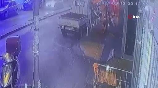 İstanbul'da 'omuz atma' kavgası cinayetle bitti! O anlar dakika dakika kaydedildi
