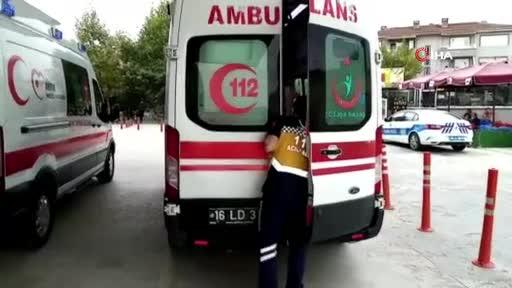 Bursa'da yağışla gelen kazada 3 kişi yaralandı