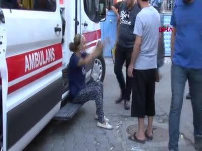 Adana'da karısını çocuklarının gözü önünde öldürdü!