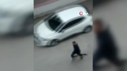 Kahvehaneden beraber çıktığı arkadaşını sokak ortasında tüfekle öldürdü