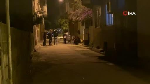 Zonguldak'ta oğlunun boğazına bıçak dayayıp polislere uzun süre direndi